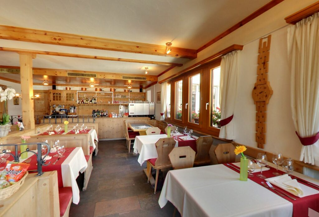 Slider Cafe Restaurant Burdun